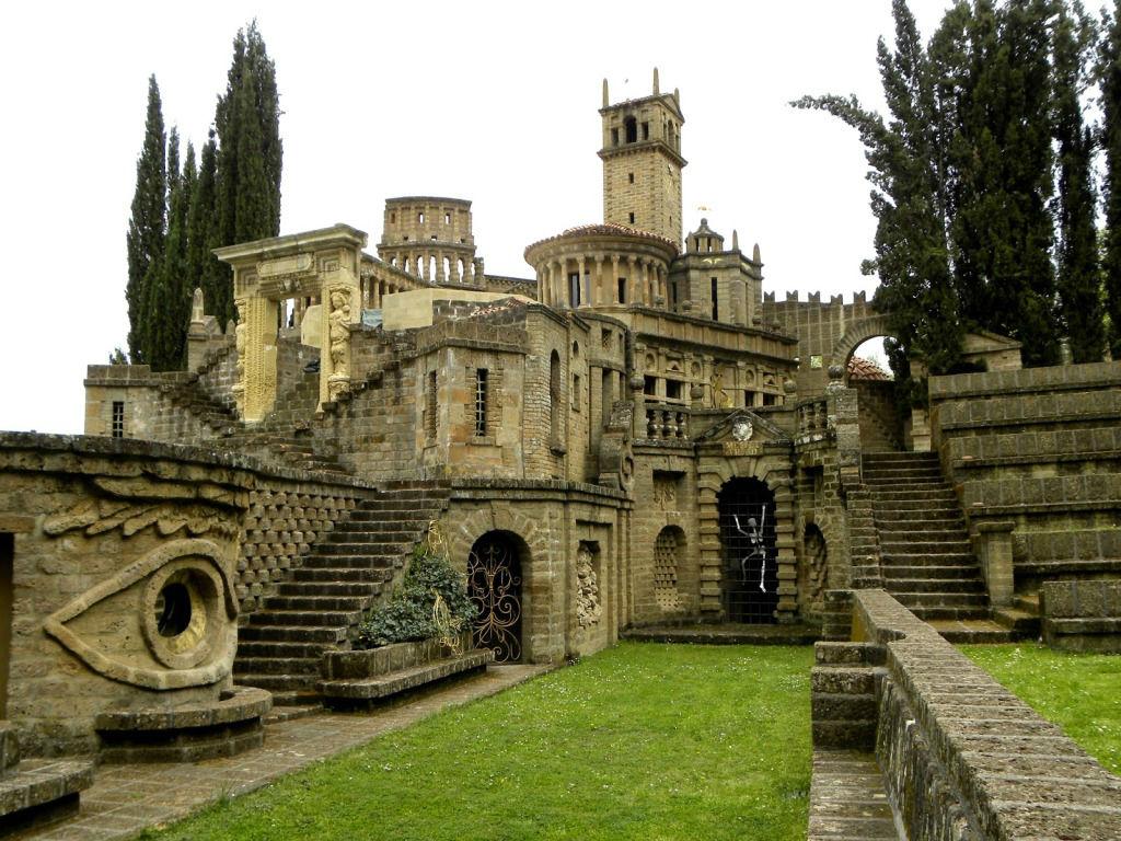 Mete fiabesche da visitare in Italia - La scarzuola, Montegabbione 1