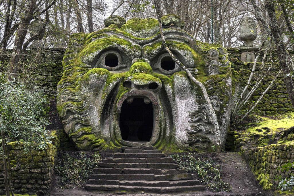 Mete fiabesche da visitare in Italia - Parco dei mostri, Bomarzo