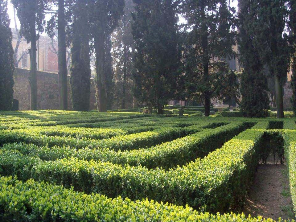 10 labirinti in cui perdersi e ritrovarsi in italia for Giardino labirinto