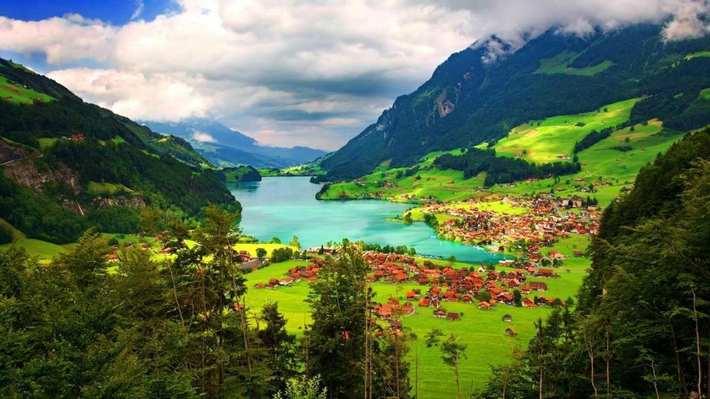 svizzera-paesaggio-lago