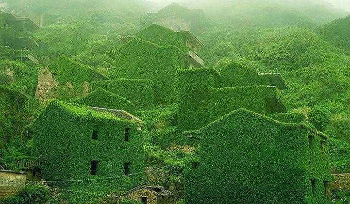 il-villaggio-di-houtou-wan-reclamato-dalla-natura