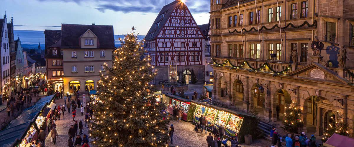 Rothenburg-ob-der-Tauber-a-Natale