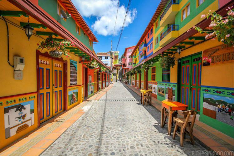 Guatapé-in-colombia-fotografata-da-jessica-devnani