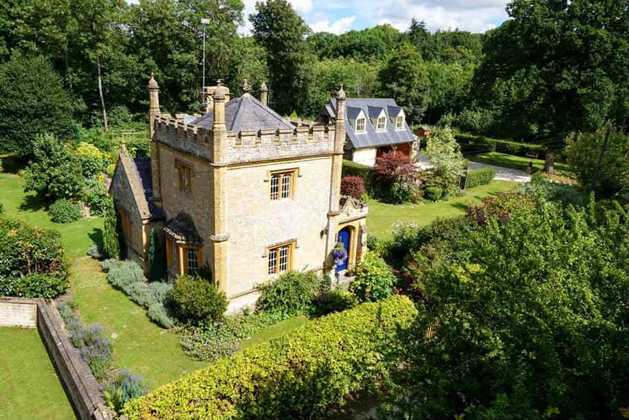 In vendita il castello pi piccolo del regno unito a un - Letto a castello inglese ...