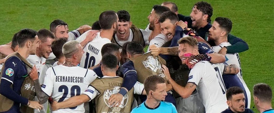 Europei di Calcio l'Italia vince contro la Turchia 3-0