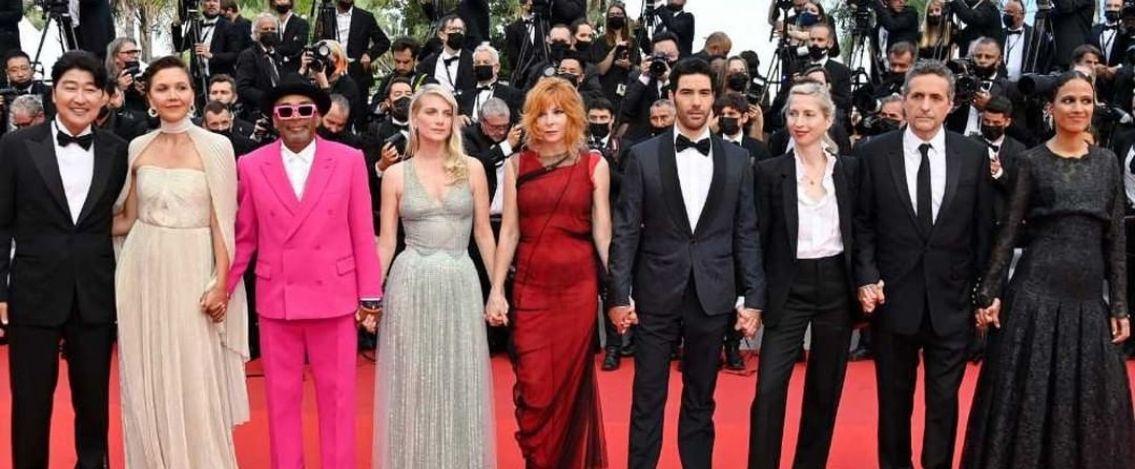 Cannes 2021, il red carpet della 74esima edizione del Festival del cinema
