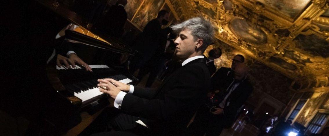 Davide Locatelli firma le musiche per Dolce & Gabbana