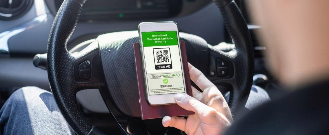 Dpcm Green Pass obbligatorio è legge, a chi tocca verificarlo